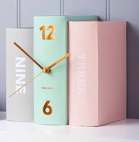 Simple clock Pastel colours Gold detail