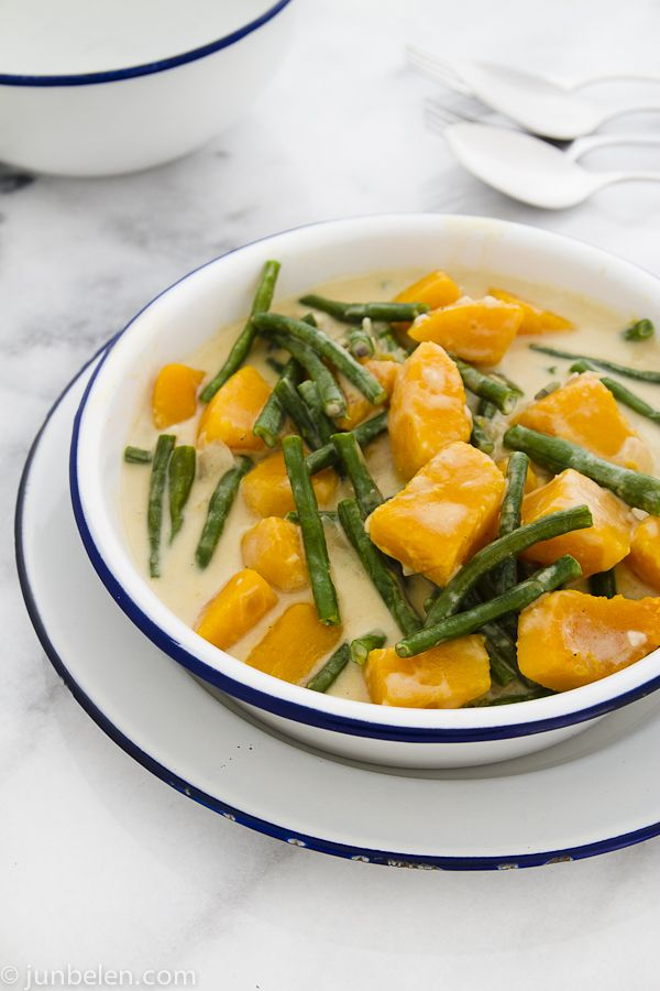 Ginataang Kalabasa at Sitaw (Butternut squash & yard long beans in coconut milk)