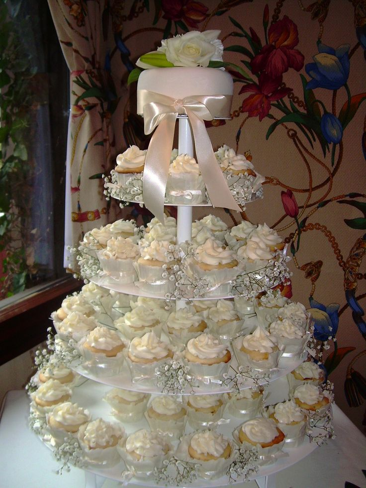 Beauty Adorable Wedding Cake Cupcakes Idea Design In Pretty Accent Like The Babys Breath But Not On Top Want Giant Cupcake By Bertha