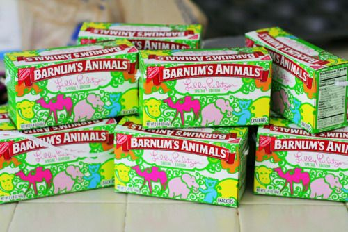 Animal crackers and Lilly Pulitzer: Lilly Pulitzer, Animal Cookies, Favorite Things, Animal Crackers, Parties Favors, Lilies Pulitzer, Pretty Animal, Lilly Cookies, Lilly Animal