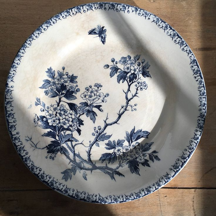 175 best gien et autres vaisselles anciennes images on pinterest dinner ware dinnerware and. Black Bedroom Furniture Sets. Home Design Ideas