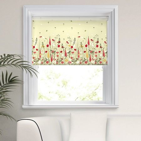 The 25 best natural roller blinds ideas on pinterest for Country style kitchen blinds