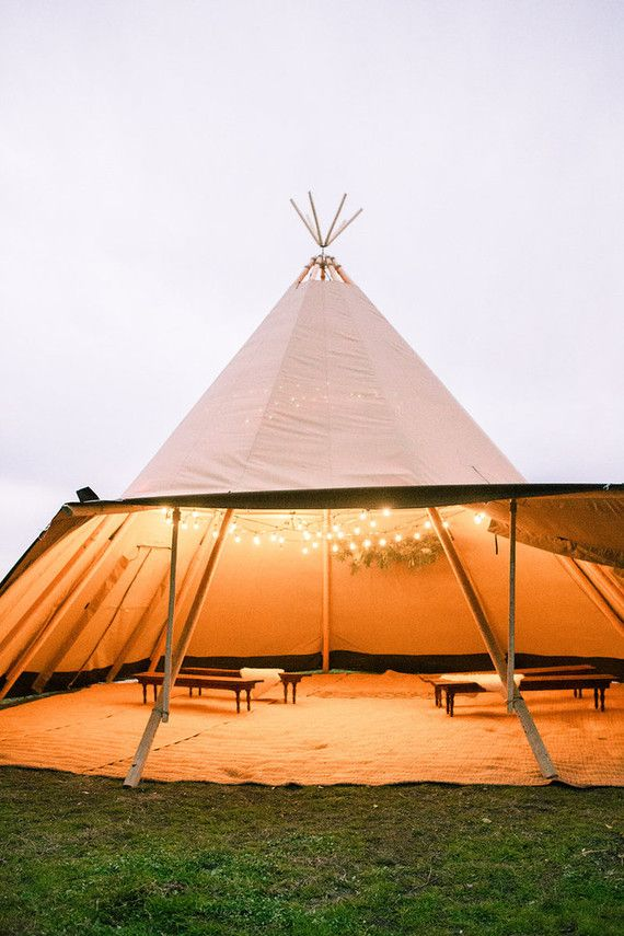 Teepee ceremony - Bohemian wedding inspiration