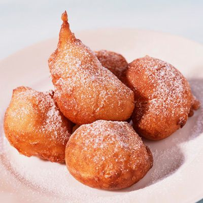 Découvrez la recette Beignets soufflés sur cuisineactuelle.fr.