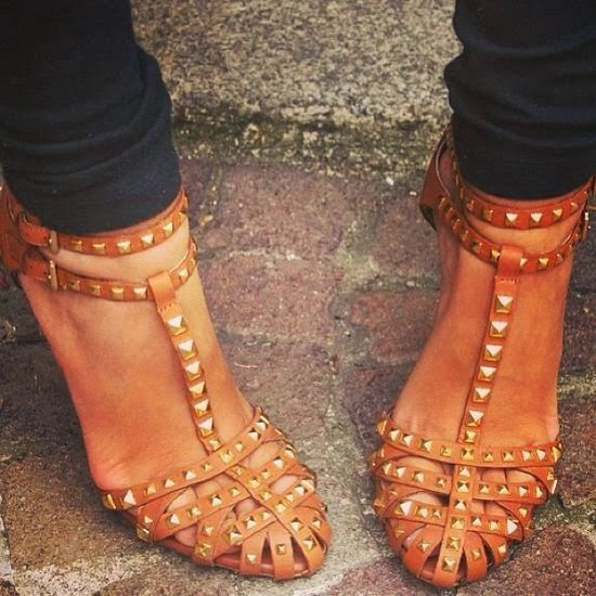 studded sandals - not like i really need another pair of shoes, but seriously, these are pretty hard to live without...