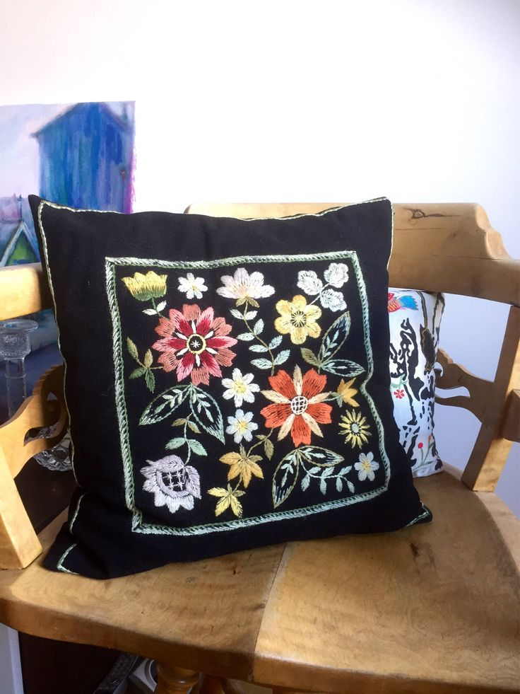 Vintage/hand embroidered/wool pillow/crewel/floral/traditional/Scandinavian by WifinpoofVintage on Etsy