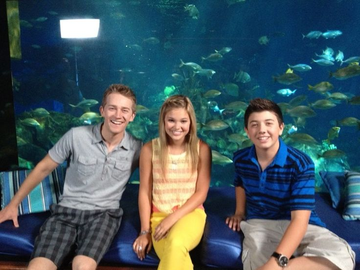 "Article: ""Finding Nemo 3D"" Clips With @Olivia_Holt, Jason Dolley And Bradley Steven Perry- Watch Here! via @alexisjoyvipacc on twitter// @alexisjoyvipaccess on FB// www.alexisjoyvipaccess.com"