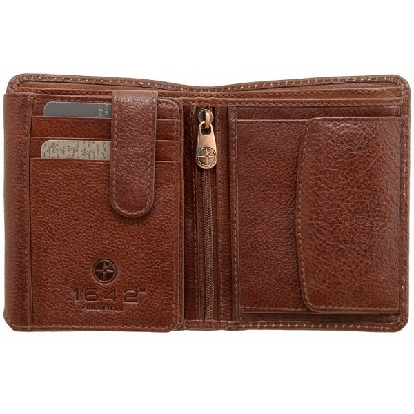 1642 Vachetta Two Fold Mens Vertical Leather Wallet with Coin Pocket £22.00 available from www.kubi.co.uk - Christmas presents for men birthday gifts for him sons brothers teenage boys teenagers friends male friends boyfriends husbands male gifts hard to buy for hubby