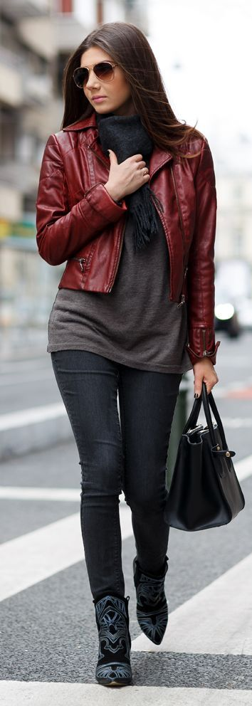 burgundy leather jacket outfit w/ mocha tunic top, black skinnies and black booties