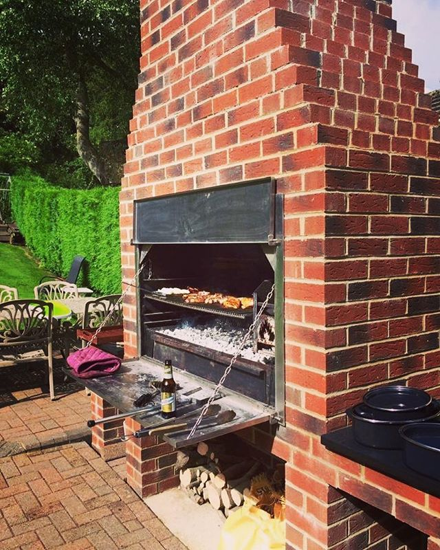 How Stunning Is This Braai Set Up Bringing Authentic South African Braai Cooking To County Durham Start South African Braai Outdoor Kitchen Outdoor Cooking