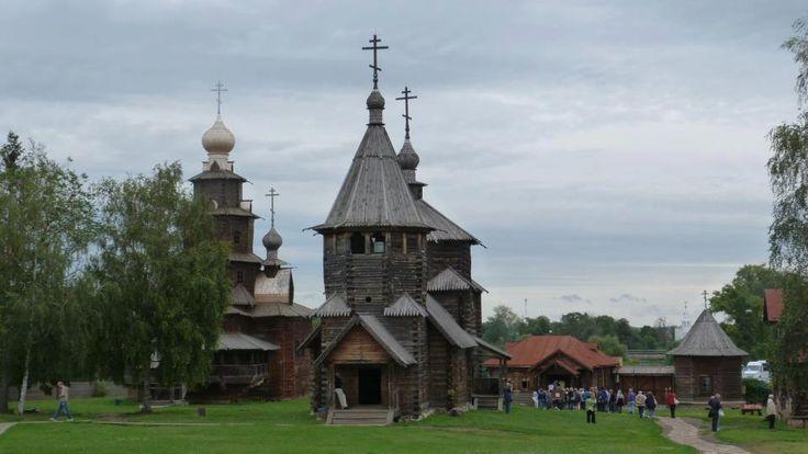 Fotografía: Adriana Santana Varela - Pueblo de madera de Vitoslavlitsy-Rusia