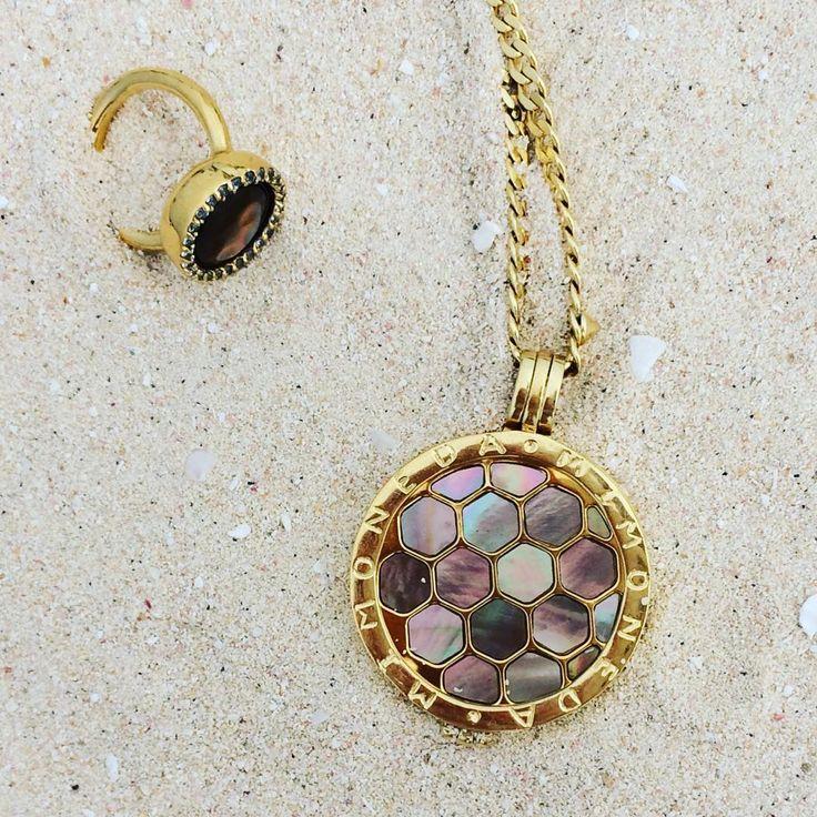 Sweet combination Mi Moneda ring & neclace  credit @birgitte_h ( #fallvacation #caribbean #barbuda ) #smykkelykke #rings #necklace #mimoneda @mimoneda #optura www.optura.no/se