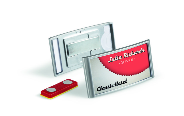 The CLASSIC name badge, is a prime example of stylish design. Suitable for use in restaurants, hotels, exhibitions, retail stores and much more. Available in a variety of sizes and fixings.