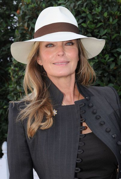 Bo Derek at the Qatar Prix de l'Arc de Triomphe 2009