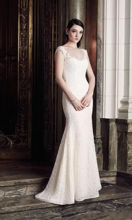 Lovely Mikaella Size Sample Wedding Dresses