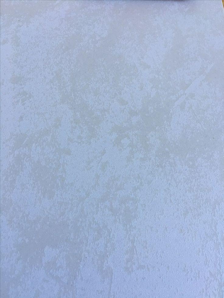 Fliser til vegg og gulv. Pillart, porcelain stoneware that looks like natural stone for floors and walls.