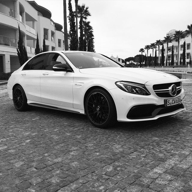 The black rims look great on this white AMG C63  #MBPhotoPass @coolhunting…