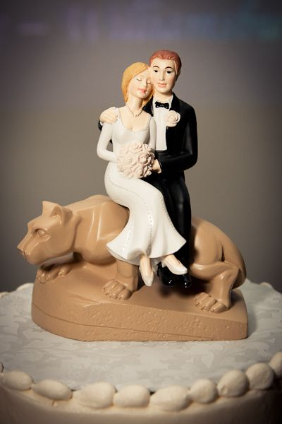 You have to get a little crafty to make this one. - Penn State Cake Topper