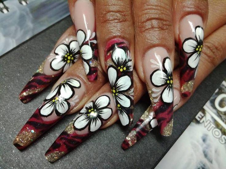 Stunning work by Vero Macias Purchase Odyssey Nail Systems @ www.odyssey.nailtech.com