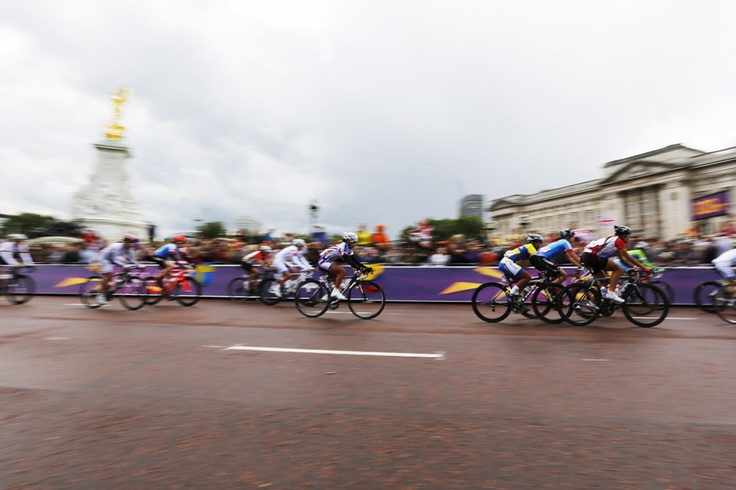 Sprinting in trafalgar square