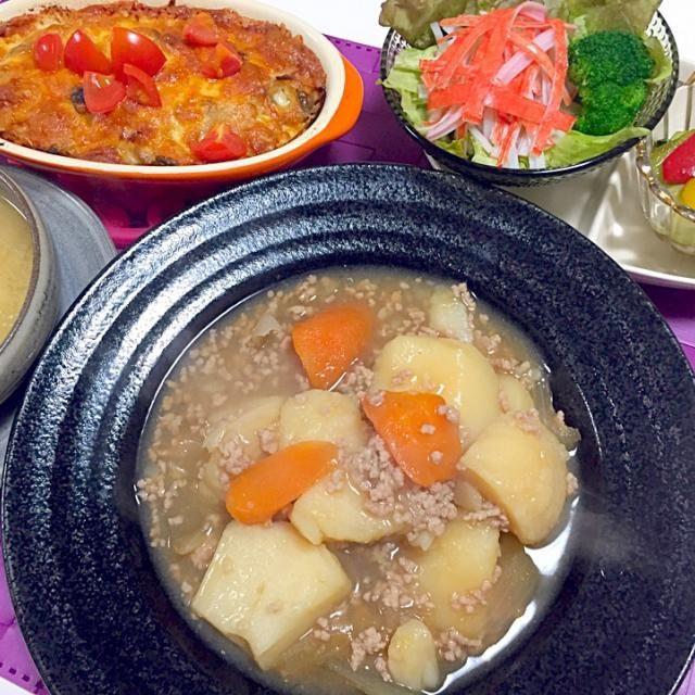 ⭐️そぼろ肉ジャガ ⭐️キノコのクリームドリア ⭐️ちんげん菜とパプリカの中華炒め ⭐️大根と揚げのお味噌汁 - 17件のもぐもぐ - 4月21日夕飯 by kiyo1130