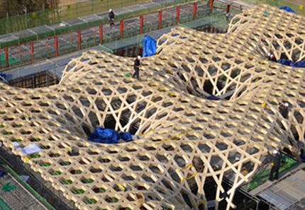 More parametric applications, roof/ outside - Shigeru Ban: Nine Bridges