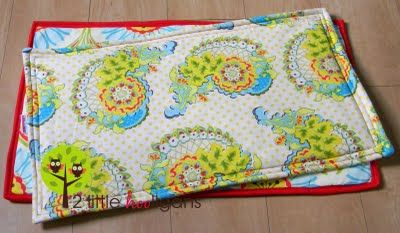 Cooling Mat Tutorial- so smart!  And I have a ton of instabright left over and great kitchen fabrics.  But it would also be nice to use a wipeable fabric.