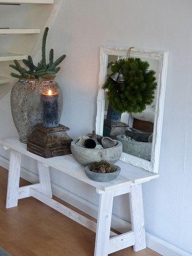 Toptip voor seizoentafel! Groepjes met mooie spulletjes. Op bankje: zelf maken?