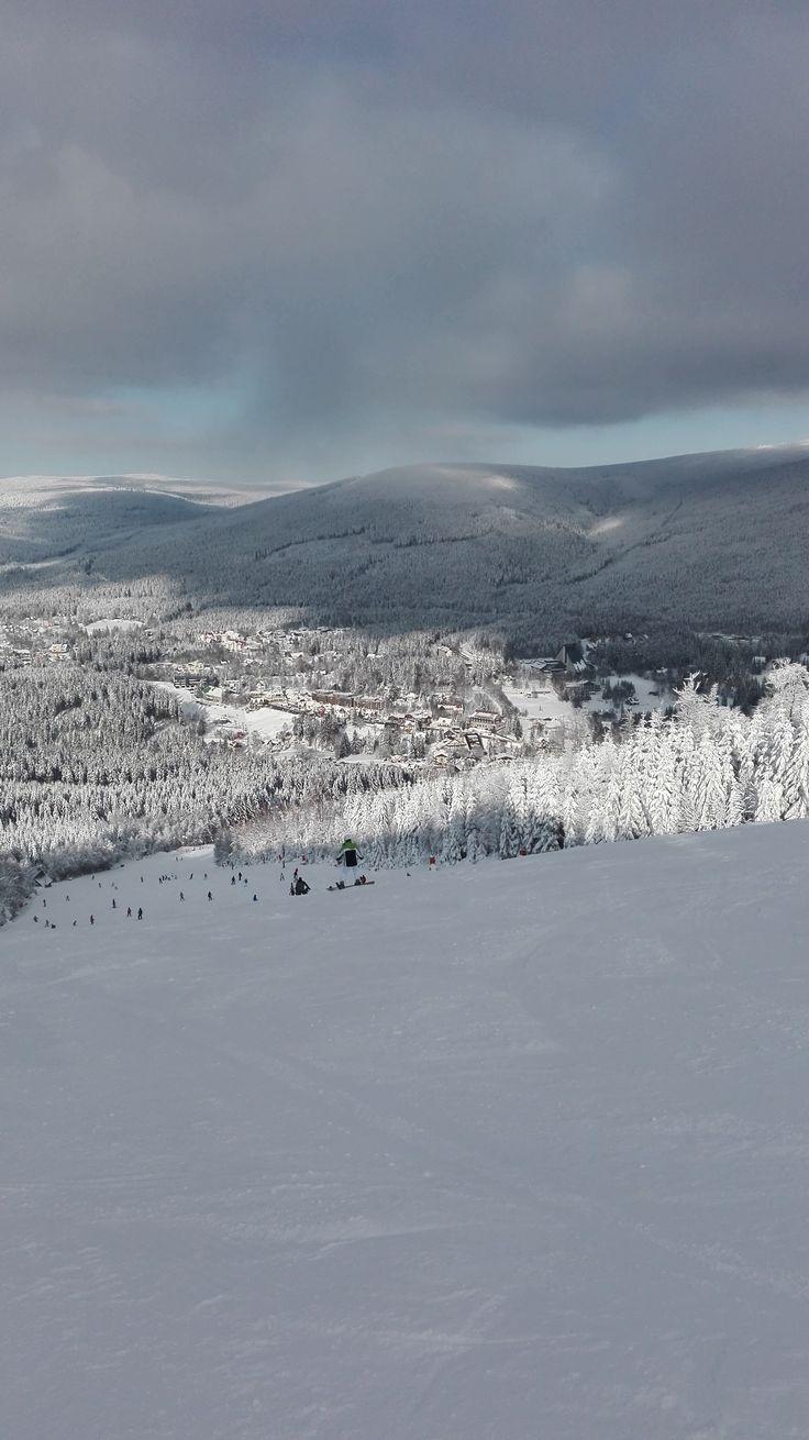 The winter season in the Czech mountains (Harrachov)