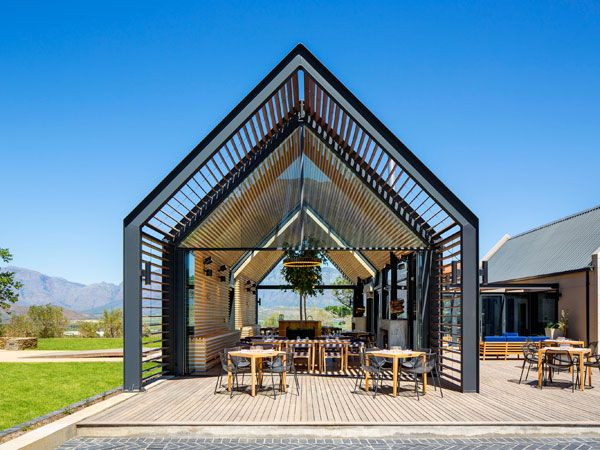 Striking new restaurant with menu by Pete Goffe-Wood to open in the Winelands http://www.eatout.co.za/article/striking-new-restaurant-menu-pete-goffe-wood-open-winelands/