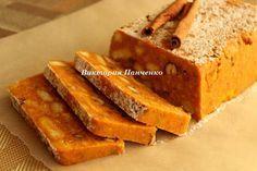 Морковный кекс Мозаика    Ингредиенты:  500 г моркови 400 г песочного печенья 120-150 г сахара 200 г сливочного масла 150 г смеси грецких орехов и фундука цедра одного апельсина специи: по 1/2 ч.л. корицы (либо одну па…