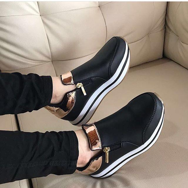 By: Daniela Castilla  PEDIDOS AL 3218315559 Cositas Divinas!!  NUEVA COLECCIÓN ENVIO SEGURO  (COLOMBIA) #DanielaCastillaAlteza #nuevacoleccion #shoes #shoes #shoegasm #shoelover #shoeaddict #instashoes #instastyle #new #newshoes #outfitoftheday #outfit #wedgesshoes #look #fashion #modafeminina #estilo #styleblogger #elegante #pinky #amomiszapatos
