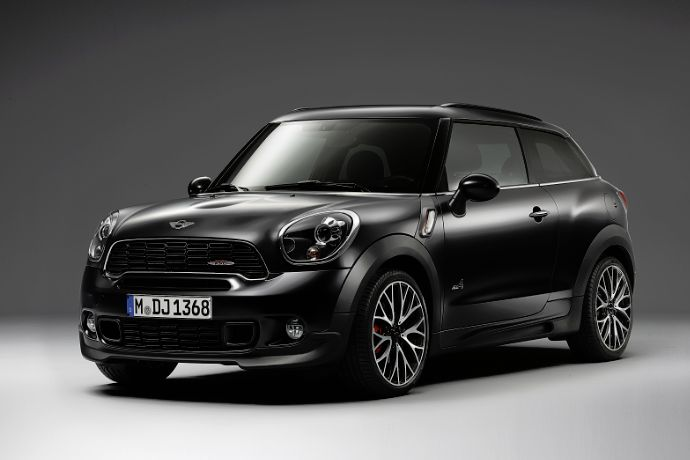 MINI Paceman in Frozen Black