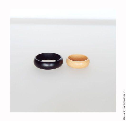 Свадебные украшения ручной работы. Обручальные кольца из черного дерева.. Украшения из дерева (Вячеслав). Ярмарка Мастеров. Деревянные кольца