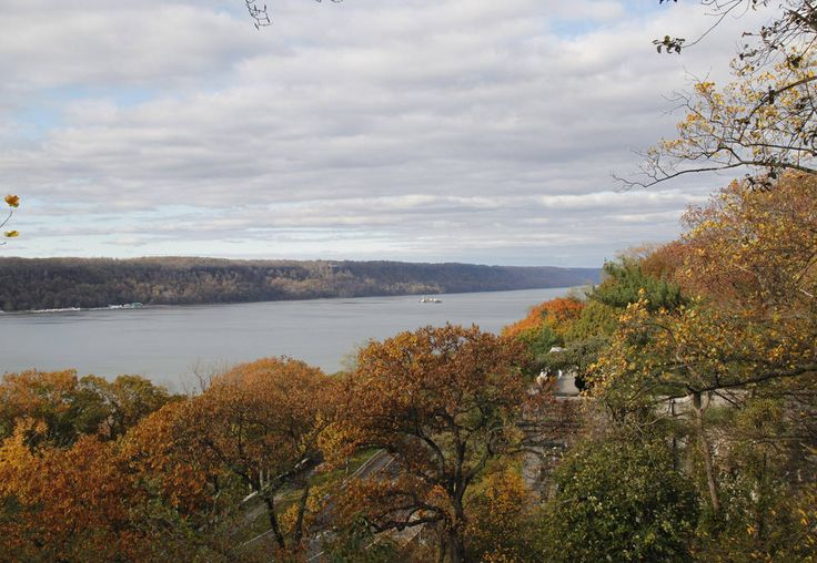 washington heights river view changing leaves blaylock41