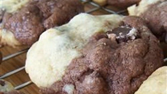 Chocolate chip cookies and chocolate chocolate chip cookies in one!