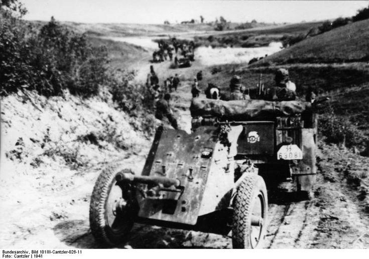 Bundesarchiv Bild 101III-Cantzler-026-11, Russland, motorisierte Einheit.jpg