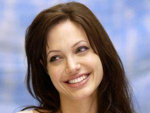 Angelina Jolie Marisols.org