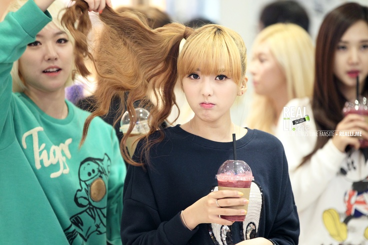 helLOVEnus Lime and Yoonjo