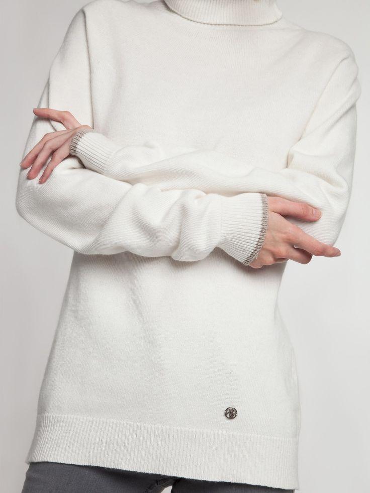 Женская коллекция.Бесшовный тонкий свитер из итальянской пряжи с контрастными деталями и двойным воротником - стойка. Laplandia For Women