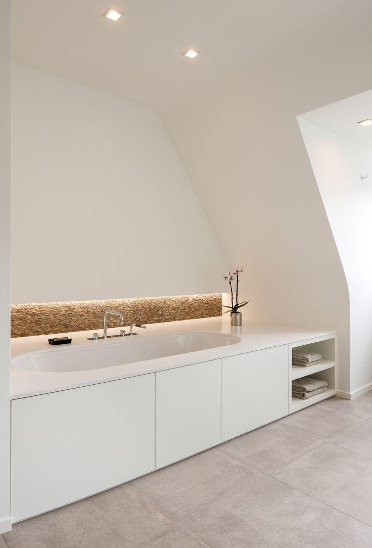 Renovatie met aanbouw van een Frans klassieke villa in Huldenberg • b+