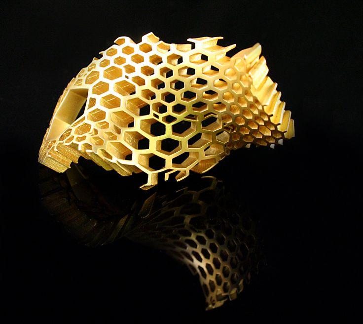 Honeycomb Ring gold by Karolina Bik
