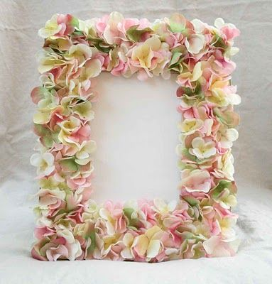 DIY::Flower petal frame