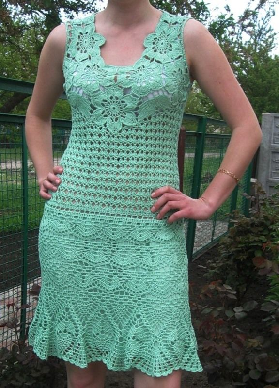 See how beautiful crochet dress crochet yarn made in green. It is a beautiful explanation step by step work. - Crochet patterns free