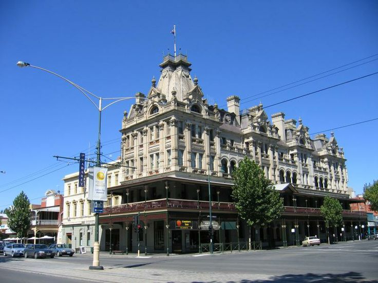 The Shamrock Hotel in Bendigo built during the height of the goldrush days