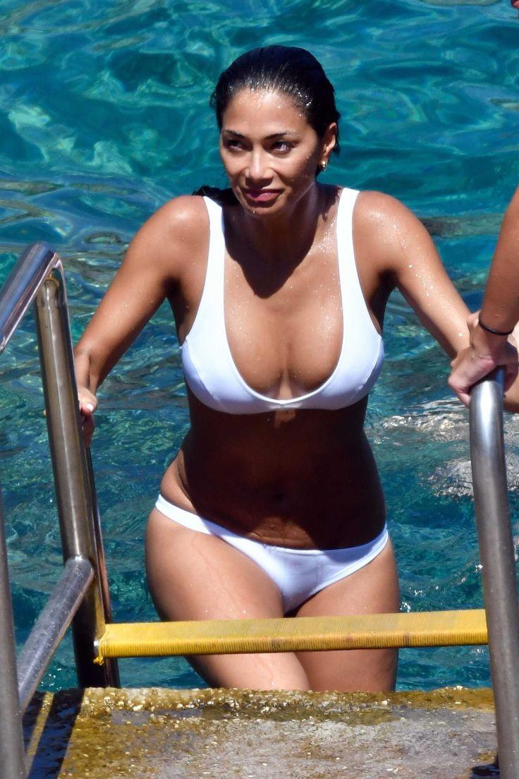 #Bikini, #NicoleScherzinger Nicole Scherzinger in Bikini in Capri, Italy | Celebrity Uncensored! Read more: http://celxxx.com/2017/07/nicole-scherzinger-in-bikini-in-capri-italy/