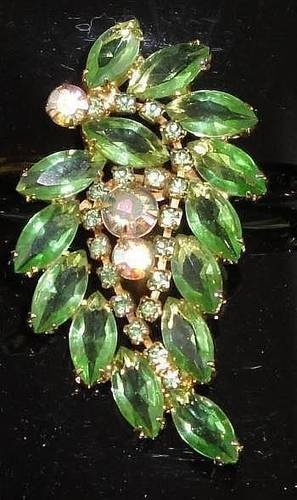 Vintage 1960s Brooch Pin With Green & Aurora Borealis Rhinestones  Juliana