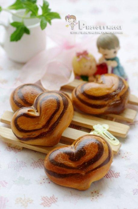 Heart Buns, Chinese Recipe With Photos
