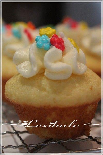 les milles & un délices de ~lexibule~: ~Cupcakes dorés de Pâques~