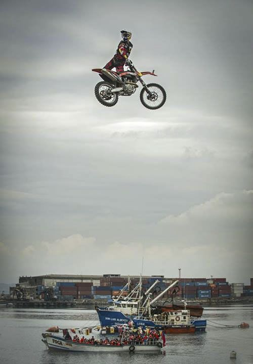 Go big or go home. #redbull xfighters #fmx